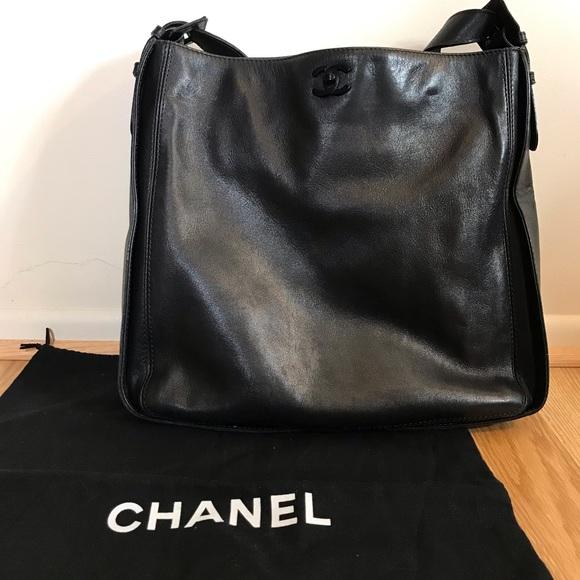 141f20dc5ac3 CHANEL Handbags - 💰FINAL💰Auth VTG CHANEL Work/Travel Tote